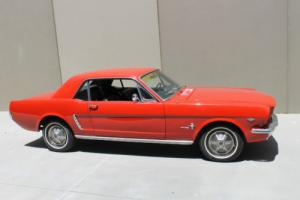 FORD MUSTANG COUPE 1965 Photo