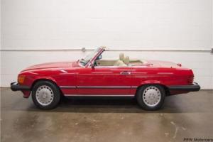 1988 Mercedes-Benz SL-Class -- Photo