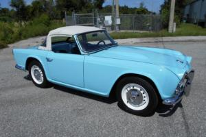 1964 Triumph TR 4 Photo