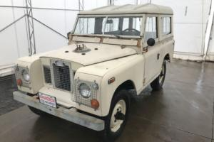 1971 Land Rover Series II -- Photo
