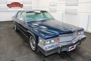 1979 Cadillac Fleetwood Runs Drives Body Int Good 7.0LV8 3 spd auto Photo