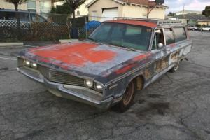 1968 Chrysler Town & Country STATION WAGON Photo