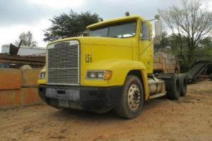 1989 Freightliner FLD 120 Day Cab