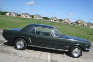 1965 Ford Mustang 289 w/ powersteering