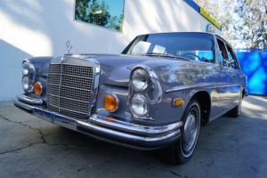 1972 Mercedes-Benz 200-Series 4.5L V8 SEDAN IN STRIKING 'PHANTOM GRAY'