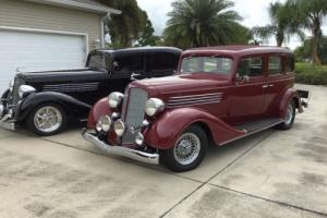 1934 Buick 61 Club Sedan
