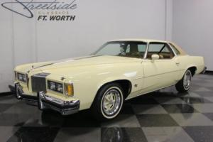 1976 Pontiac Grand Prix Photo