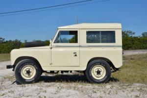 1962 Land Rover Defender Photo