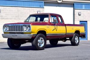 1977 Dodge Power Wagon W20 CLUB CAB ADVENTURER 4X4 Photo