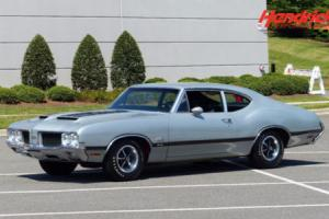 1970 Oldsmobile Cutlass --
