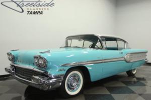 1958 Pontiac Star Chief Photo