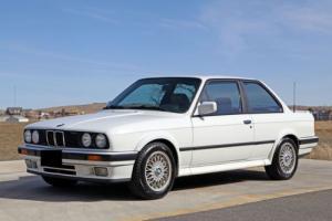 1990 BMW 3-Series iX Photo