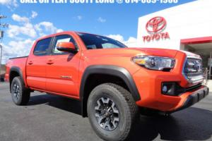 2017 Toyota Tacoma Double Cab 4x4 3.5L Premium Technology Package