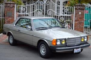 1985 Mercedes-Benz 300-Series 300CD 300CDT 300 cd cat td Photo