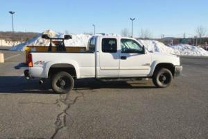 2003 Chevrolet Silverado 2500 HD LS 4X4 4Dr Ext Cab Duramax 7.5 Fisher MM2 Plow