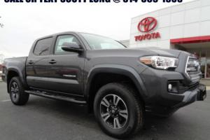 2017 Toyota Tacoma 2017 Double Cab 4x4 3.5L 6 Speed Stick Tech Pack