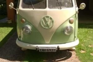 1968 VW KOMBI SPLIT SCREEN