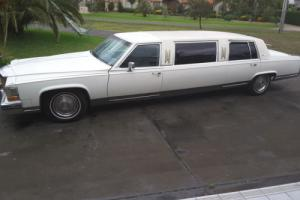 1985 Cadillac Fleetwood Brougham Stretch Limo Limousine V8 straight gas lpg