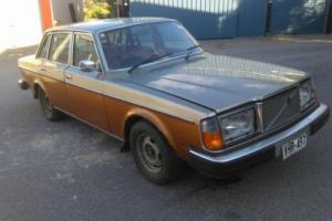 1976 Volvo 264 GL Sedan V6 2.7L Barn find all original drift race restore