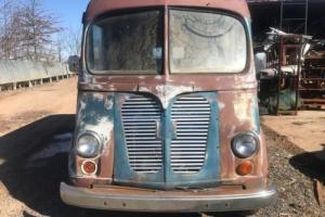 1950 International Harvester Metro Van Photo