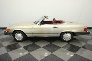 1987 Mercedes-Benz 560SL Photo