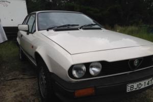 ALFA ROMEO GTV 2.0 1986 . NICE ORIGINAL CAR , BARGAIN BUY . NO RESERVE Photo