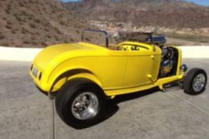 1932 Ford Roadster Photo
