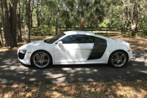 2010 Audi R8 Premium Photo