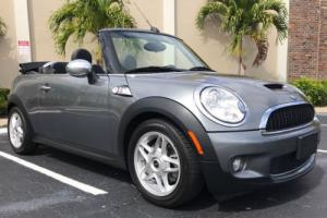 2010 Mini Cooper 2dr S Photo