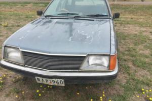 Holden VH Commodore wagon V8 Manual
