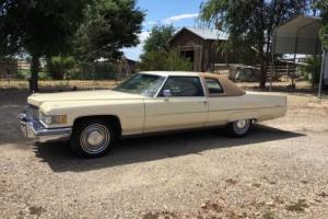 1976 Cadillac DeVille Photo