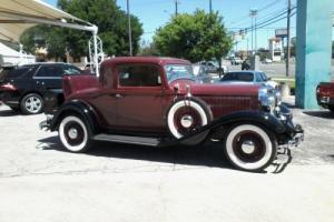 1933 Dodge DO  SERIES  STRIAGHT 8 3 WINDOW  RUMBLESEAT Photo