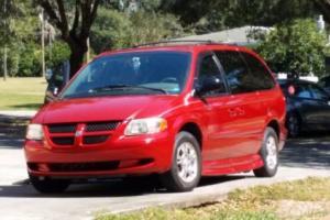 2002 Dodge Grand Caravan Photo