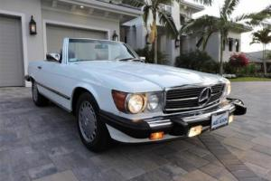 1987 Mercedes-Benz SL-Class 560 SL Roadster Photo