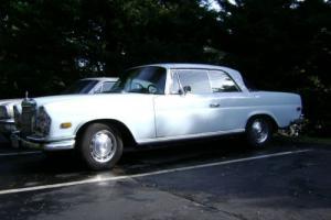 1968 Mercedes-Benz 200-Series 4.5 Photo