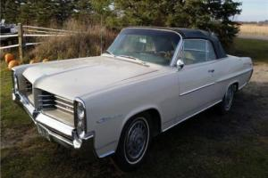 1964 Pontiac Catalina -- Photo