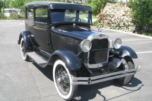 1928 Ford Model A 2 door