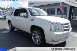 2014 Cadillac Other Premium 8 Passenger