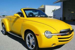 2004 Chevrolet SSR --