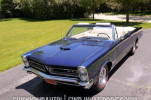 1965 Pontiac GTO -- Photo