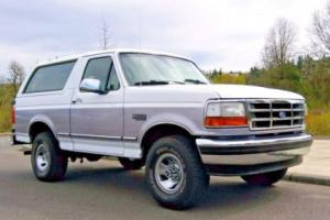 1995 Ford Bronco LOW MILES SUPER CLEAN 4WD