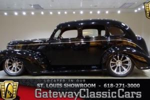 1939 Plymouth Sedan -- Photo