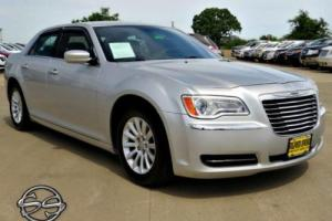 2012 Chrysler 300 Series