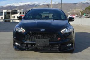 2016 Ford Focus ST Photo