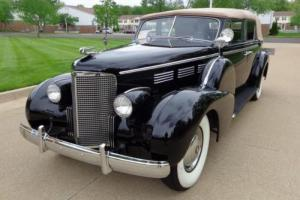 1938 Cadillac SERIES 75 FLEETWOOD -- Photo