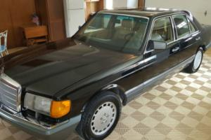 1989 Mercedes-Benz 300-Series Photo