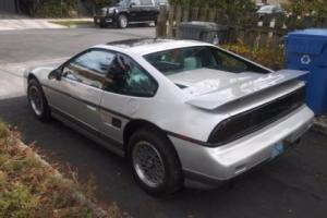 1987 Pontiac Fiero GT Photo