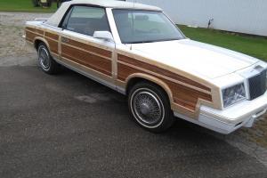 1984 Chrysler LeBaron Town & Country