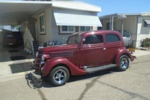 1935 Ford 2 DOOR SEDAN/SLANT BACK FORD SEDAN