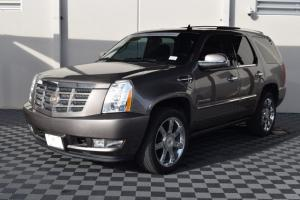 2014 GM Certified Cadillac Escalade Luxury One-Owner Headrest DVD
